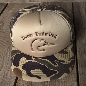 VTG 80s Ducks Unlimited Embroidered Camo Hat